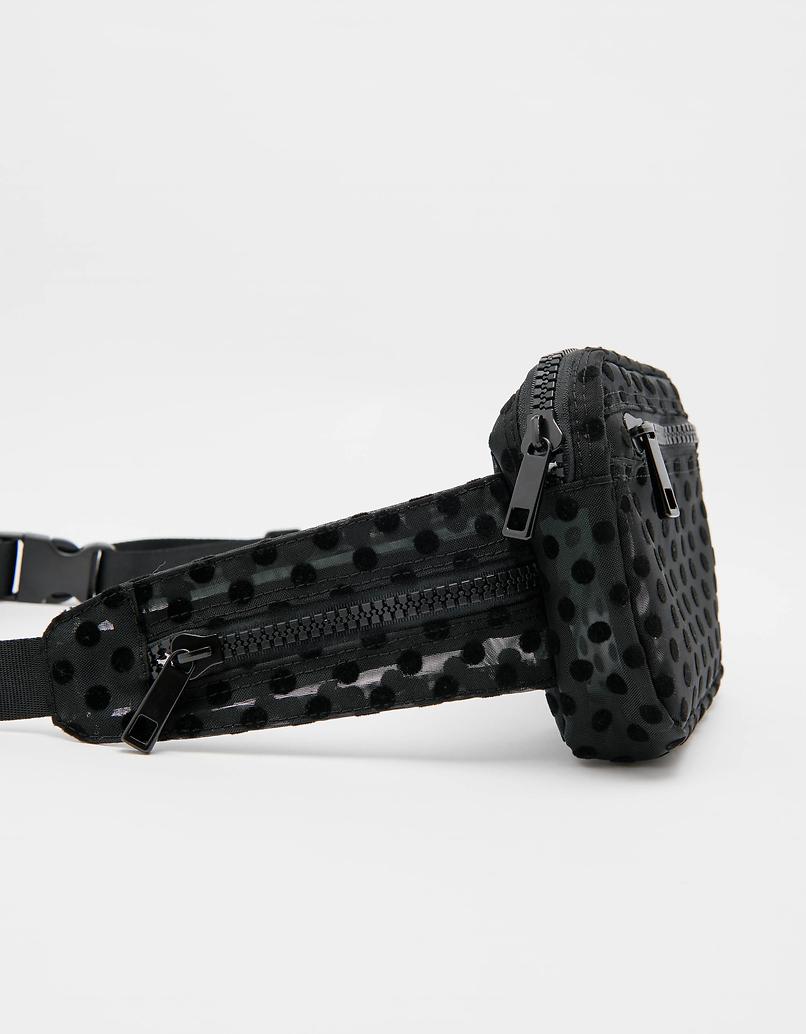 Schwarz-gepunktete Gürteltasche aus Maschenmaterial