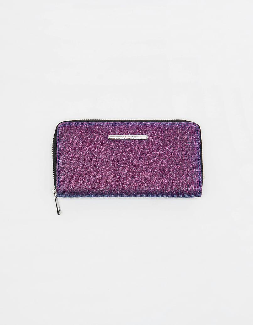 Fioletowy portfel z połyskiem