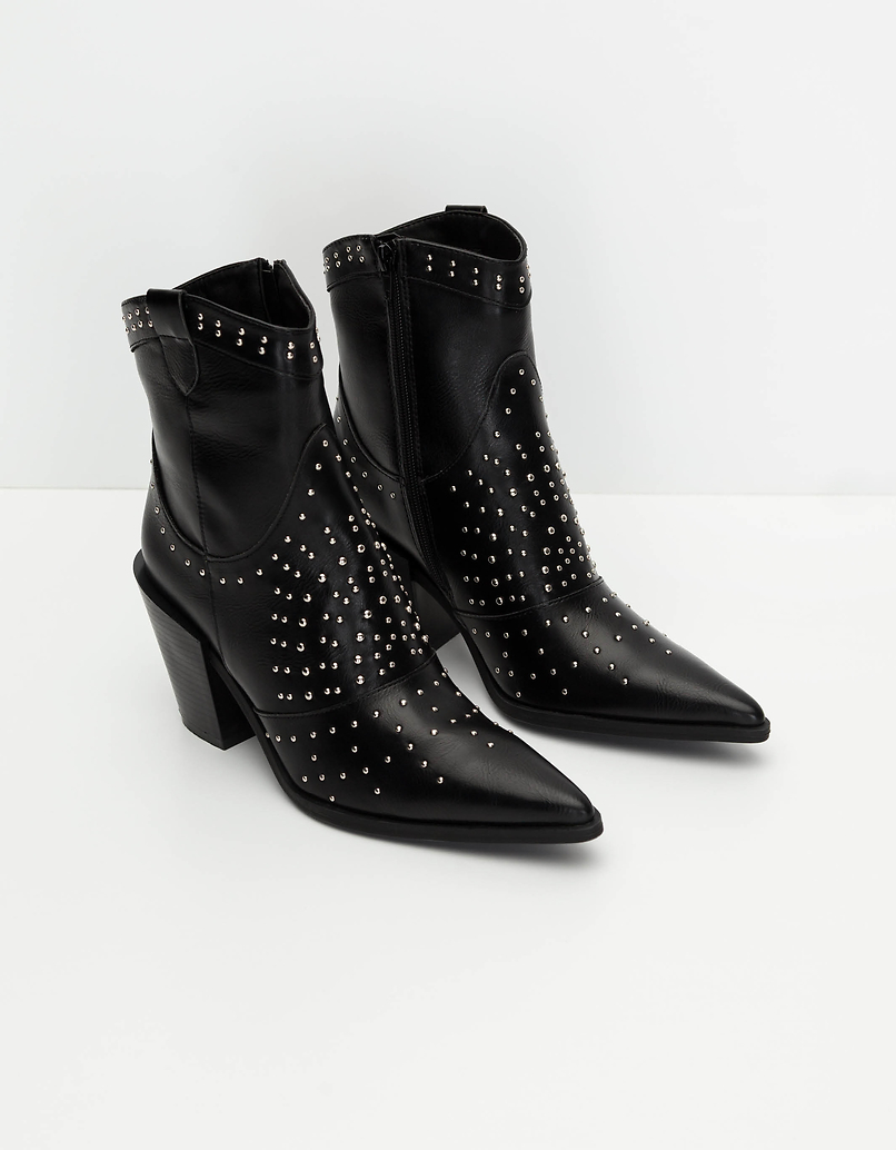 Schwarze Western Stiefeletten mit Nägeln
