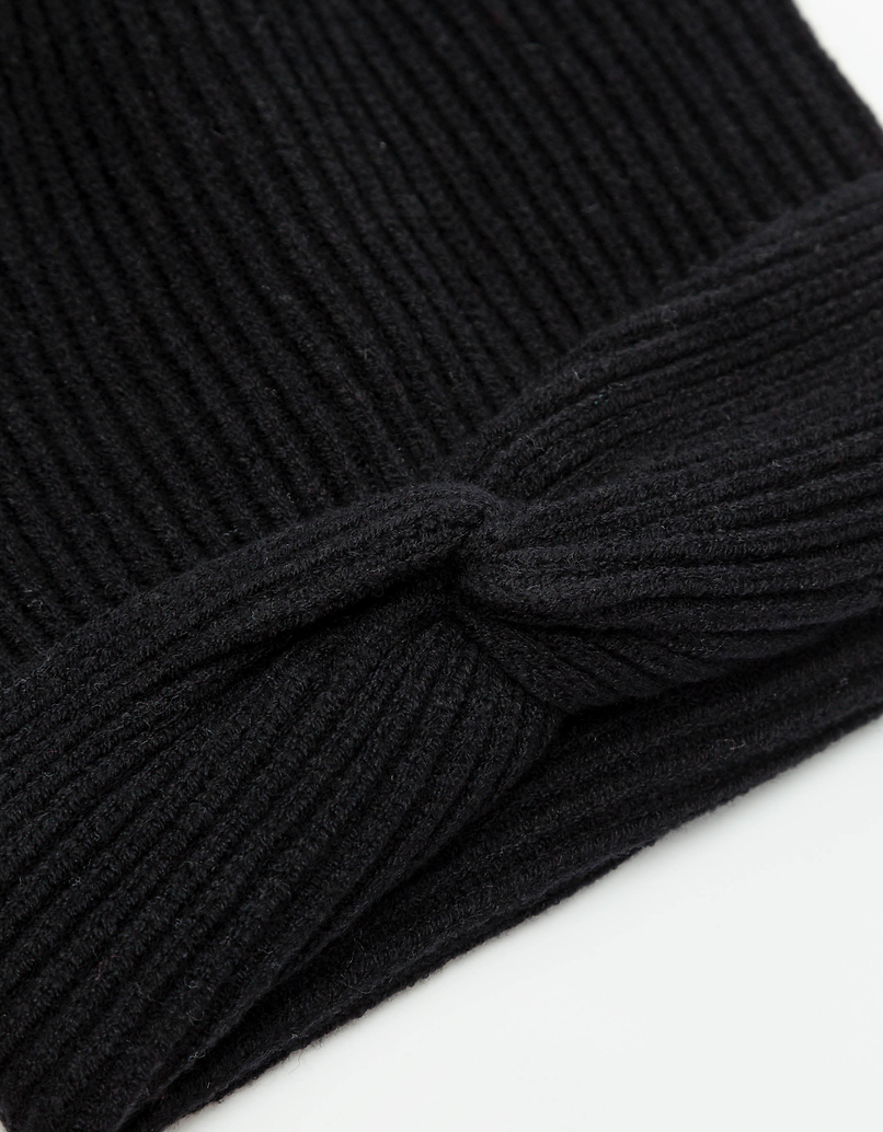 Rib Knitted Knot Front Hat