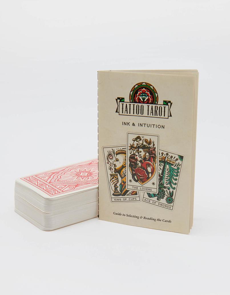 Tarotkarten im Tattoo-Style