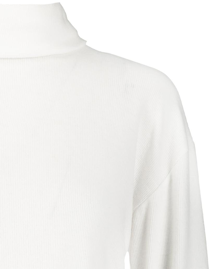 White High Neck Crop Top