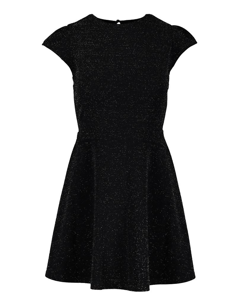 Czarna sukienka z wycięciem