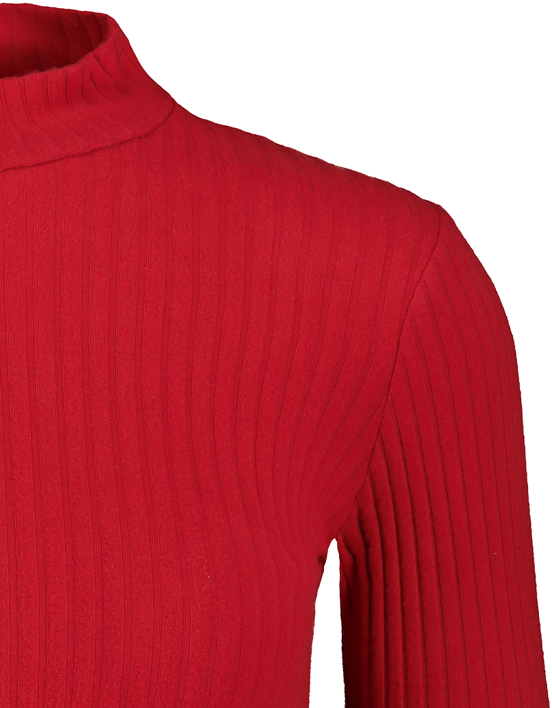 Robe Rouge Dos Ouvert