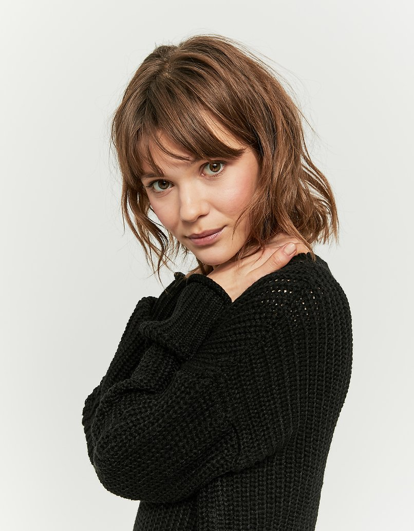 Black V-Neck Jumper