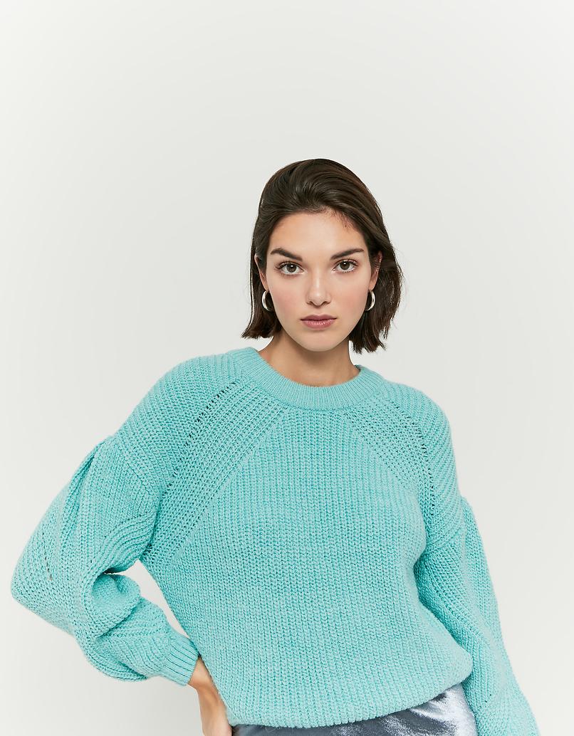 Grüner Pullover mit Puffärmeln