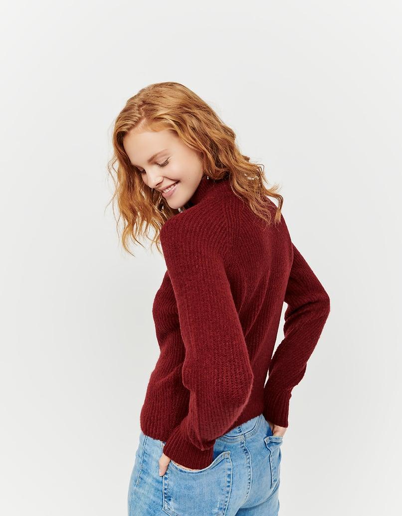 Maglione Rosso con Collo Alto