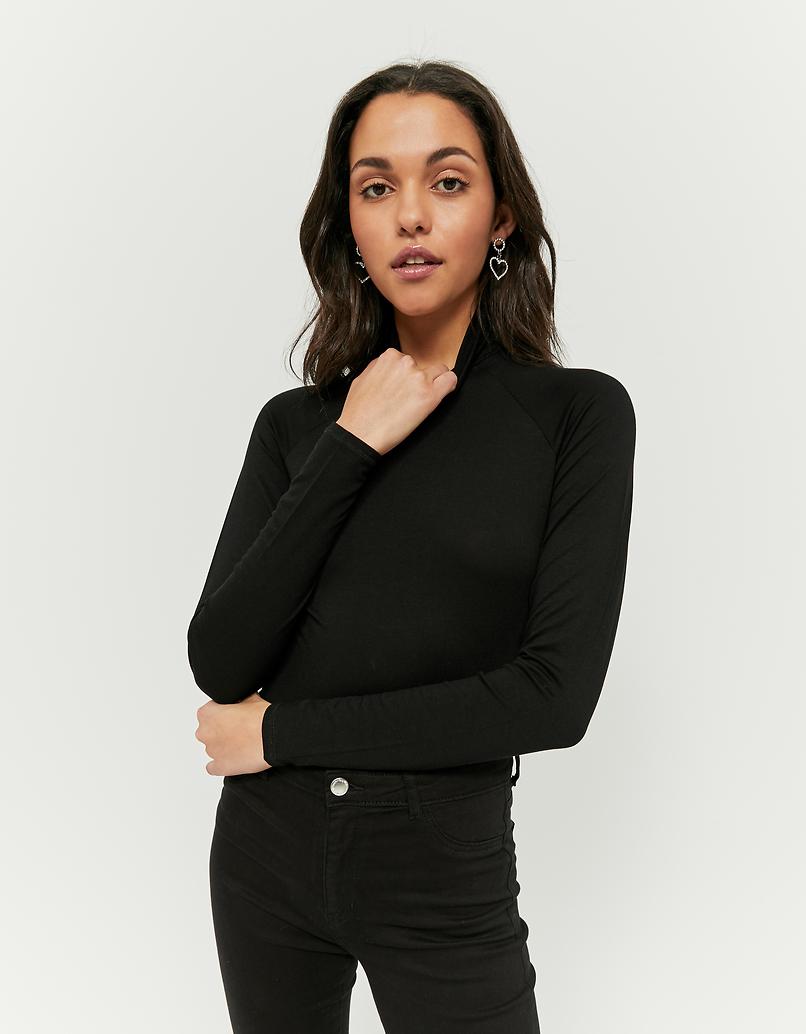 Maglietta Nera con Collo Alto