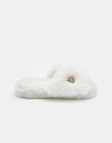 Weiße flauschige Slippers