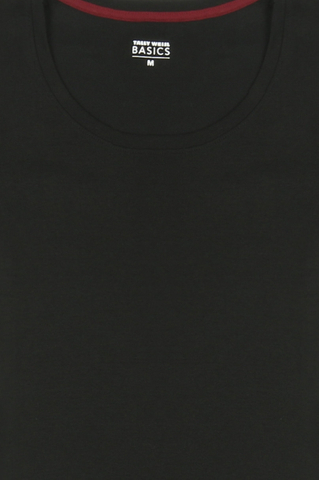 Schwarzes Basic T-Shirt