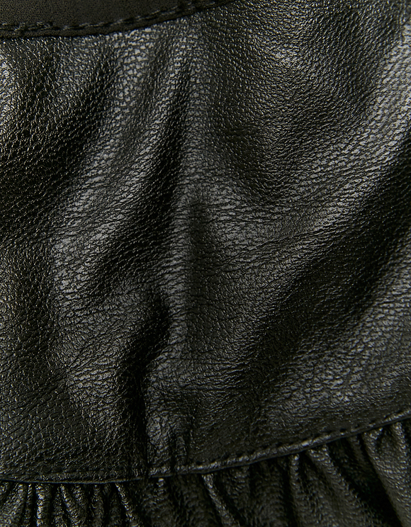 Schwarzer abnehmbarer Kragen