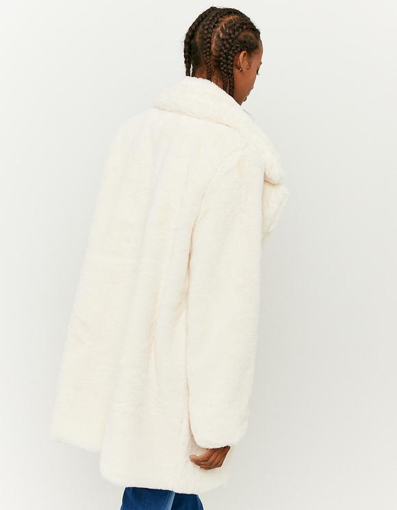 Weißer Mantel aus Kunstfell