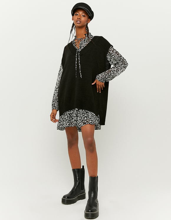 Black Sleeveless Jumper