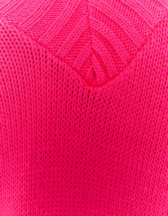 Fuschienroter Pullover