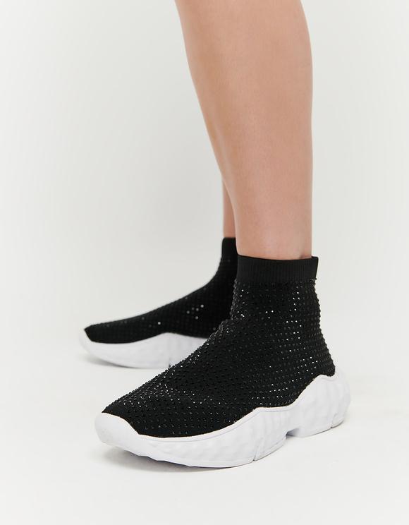 Sneakers mit Socken-Effekt