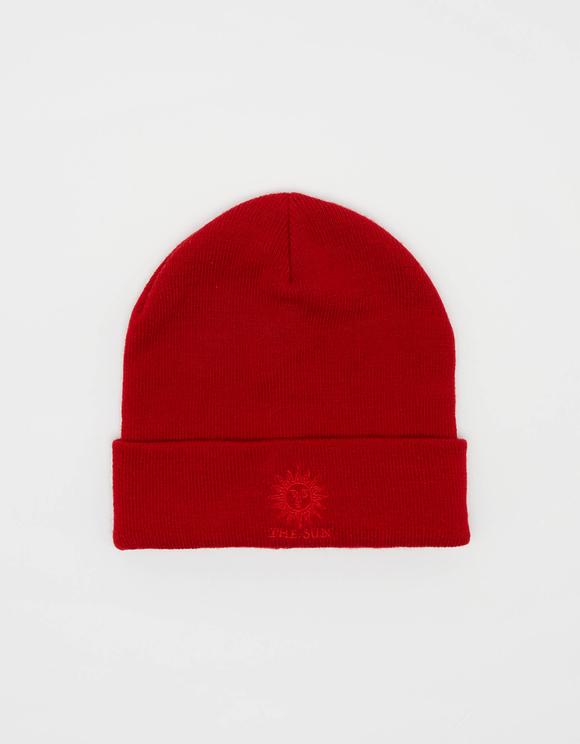 Rote Beanie-Mütze mit umgeschlagenem Saum