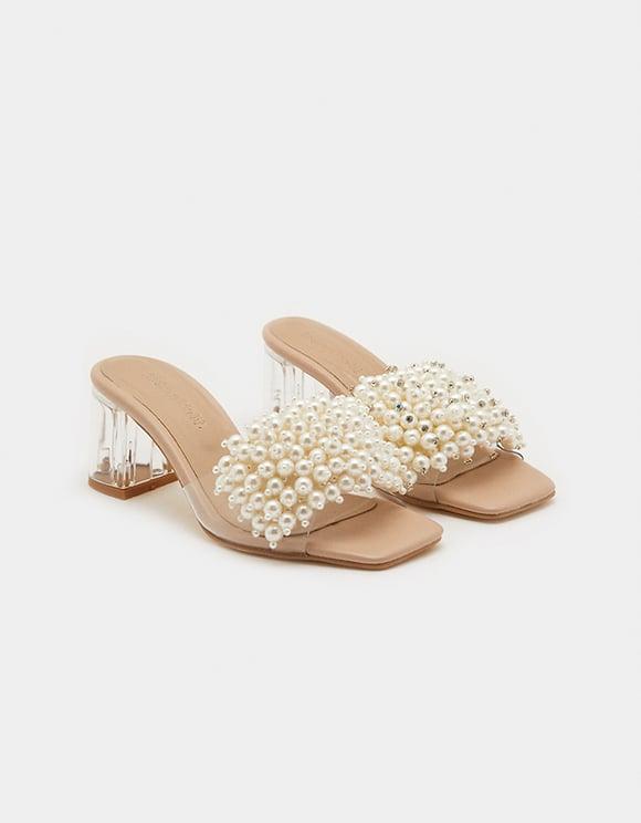 Hohe Sandalen mit Perlen