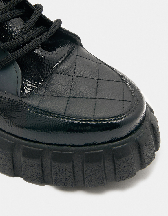 Sneakersy na grubej podeszwie