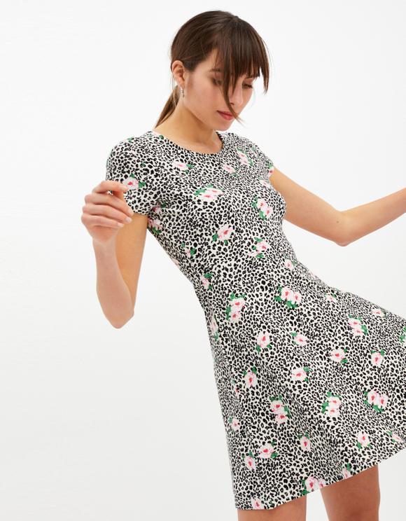 Sukienka w kwiaty z motywem węża