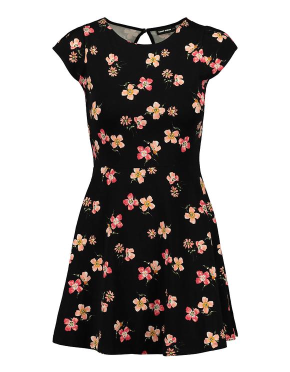 Ausgestelltes Kleid mit Blumen