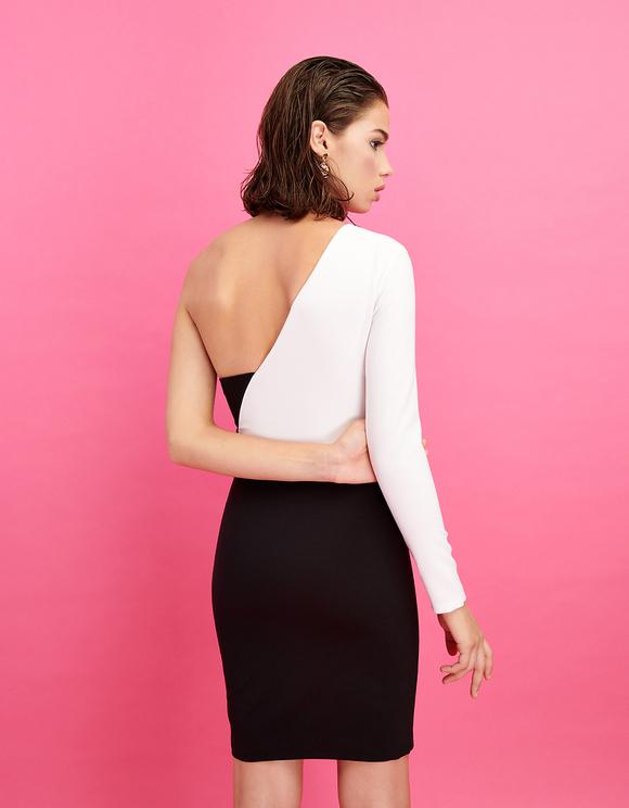 Schwarz-weißes, asymmetrisches Kleid