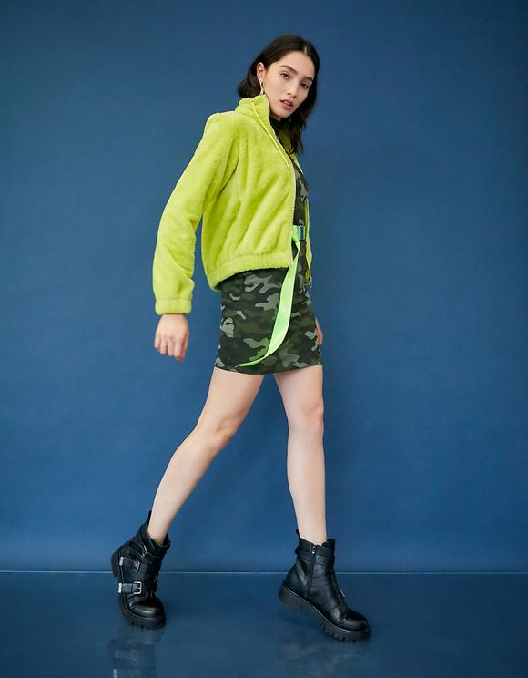 Neon-grüne Sherpa-Jacke