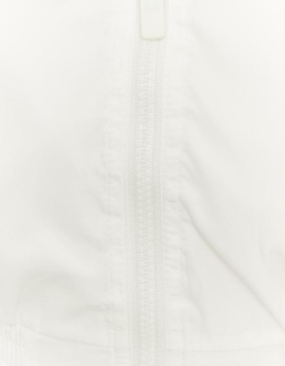 Weiße leichte Windjacke