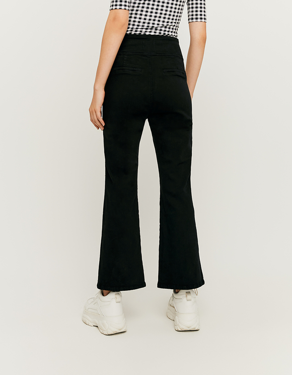 Straight Pants with Buttons