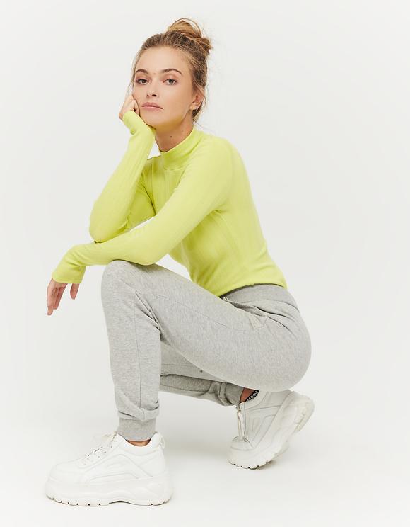 Szare joggery