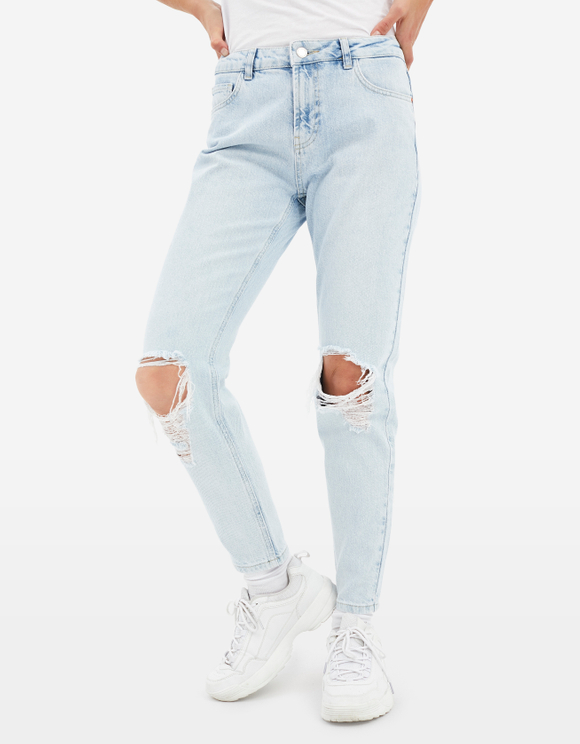 Ripped Light wash Denim