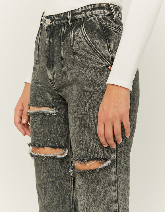 High Waist Slim Mom Jeans