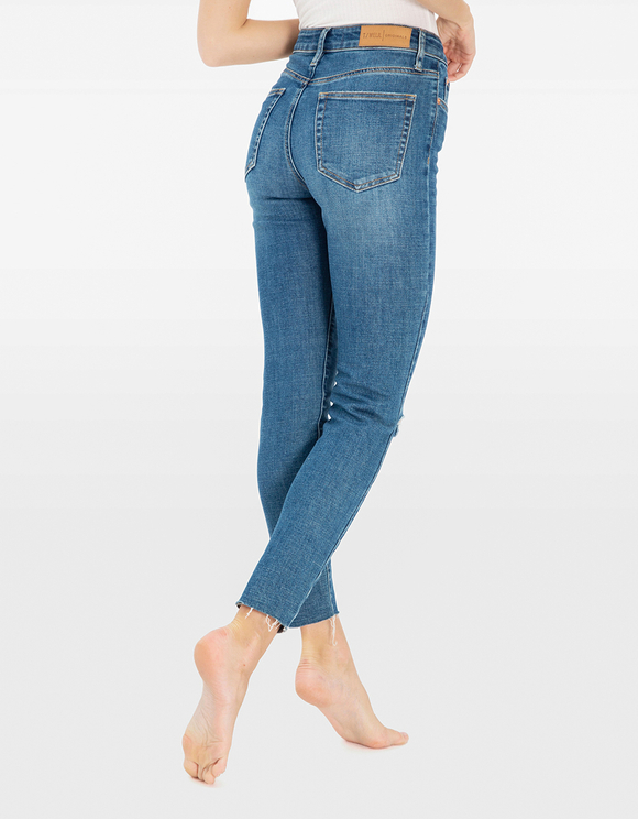 Mom Slim Mid Waist Jeans