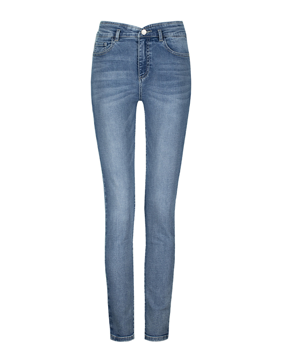 High Waist Jeans mit V-Cut an der Taille