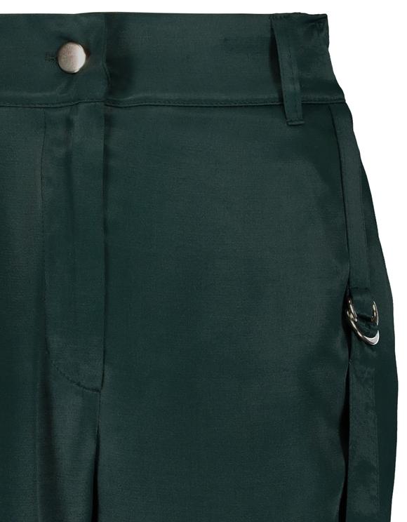 Grüne Cargo Hose