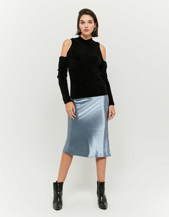 Czarny szenilowy sweter z odkrytymi ramionami