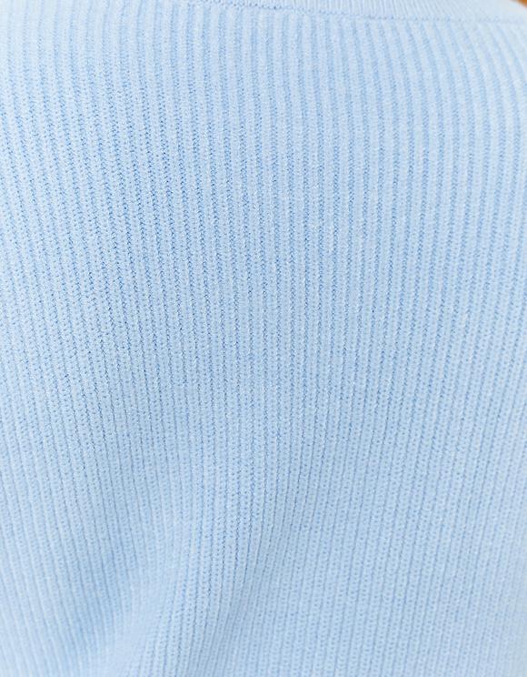 Pull Bleu avec Volants