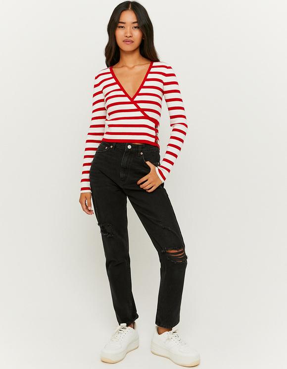 Roter Pullover mit V-Ausschnitt