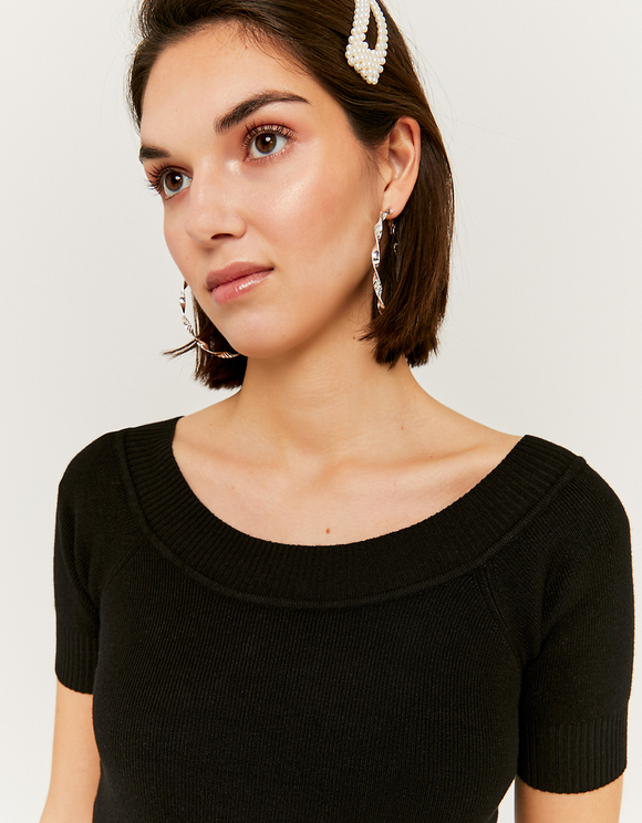 Black Short Sleeves Jumper