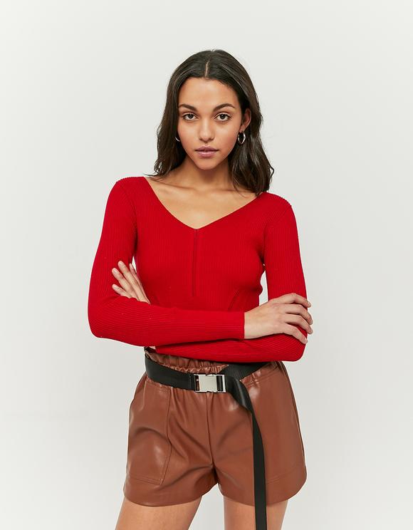 Czerwony dopasowany sweter