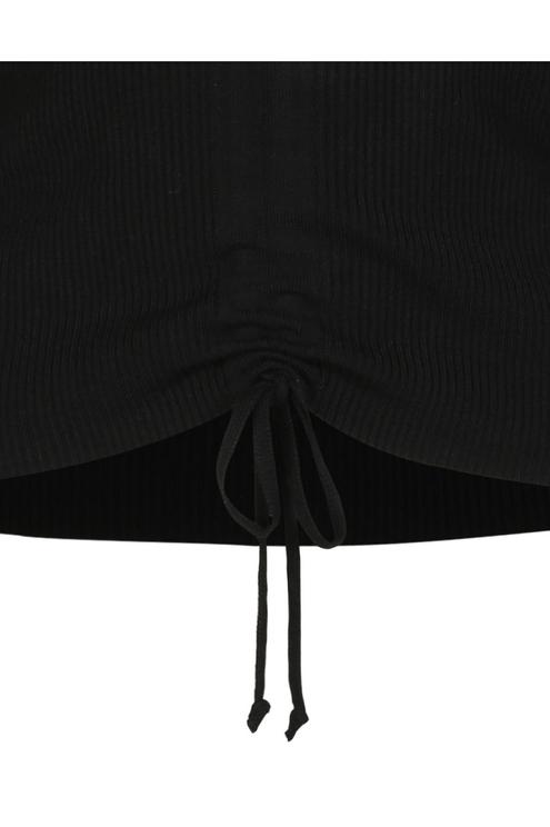 Pull Noir avec Cordon