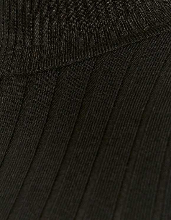 Black Ribbed Cropped Jumper