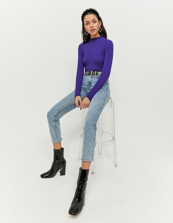 Violetter kurzer Pullover mit gekräuselter Saum