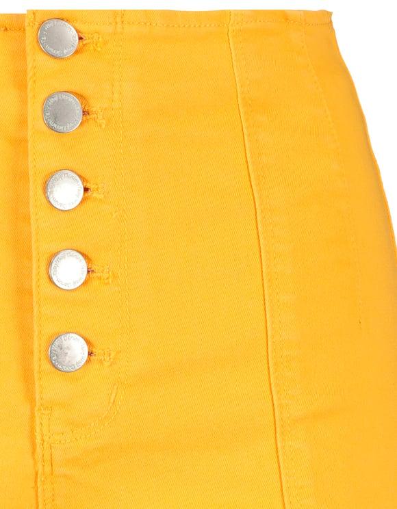 Gelbe Shorts mit Knöpfe