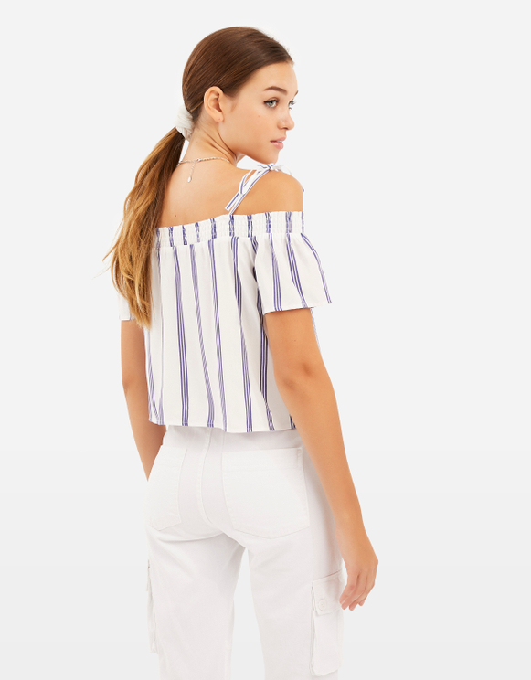Weiß-blaue, gestreifte Bluse