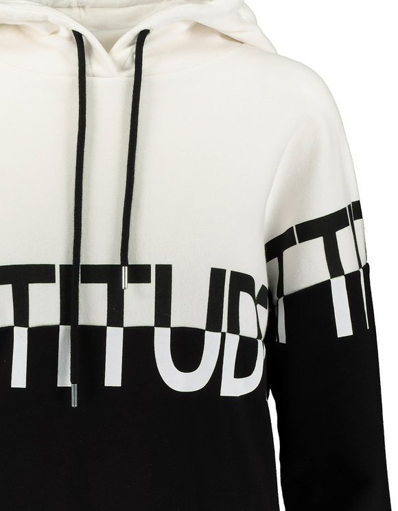 Schwarz-weiße Hoodie mit Aufschrift