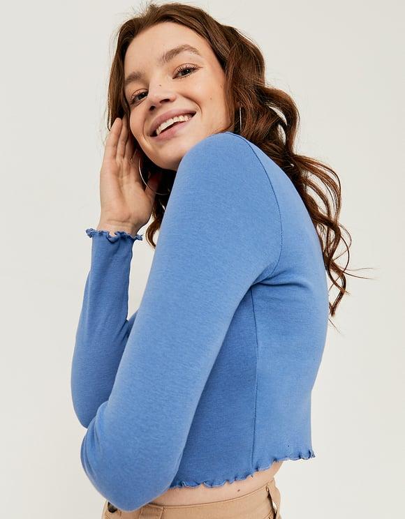Blaues Top mit gekräuselter Saum
