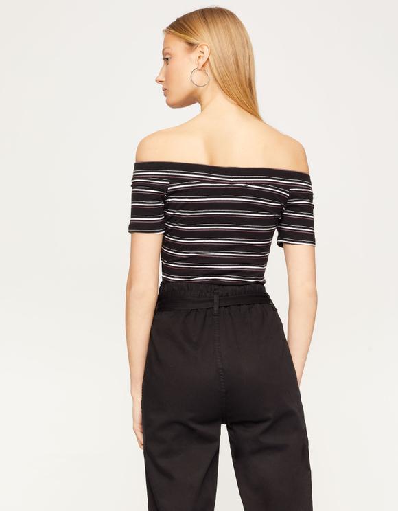 Czarna bluzka w paski