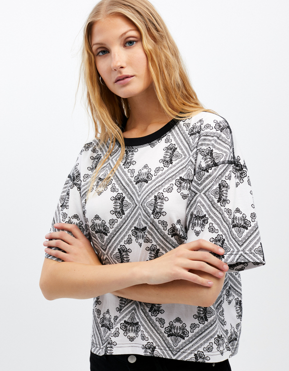T-shirt Bianca con Stampa All Over