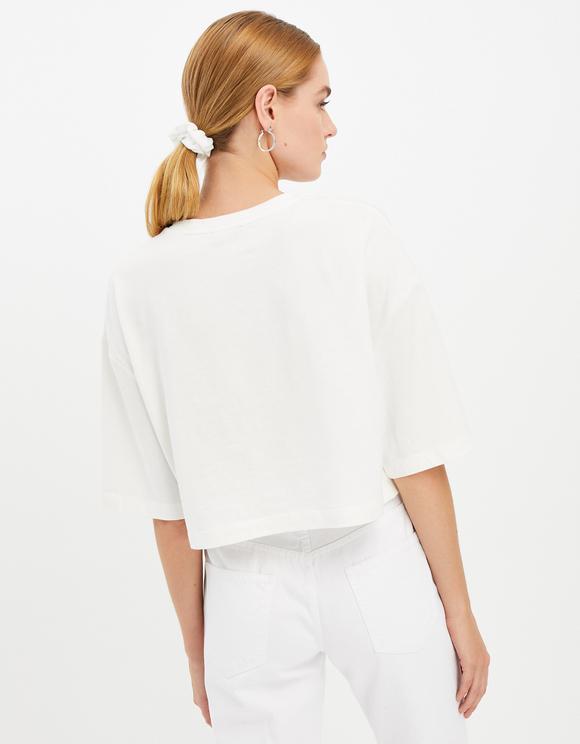 Weißes, lockeres Shirt