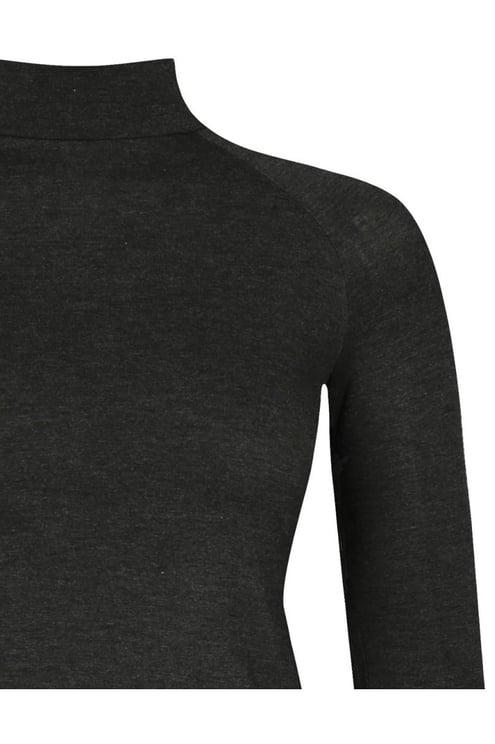 Graues Langarm-Shirt